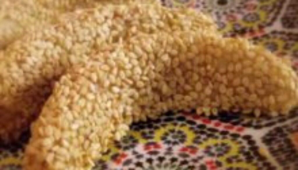 מתכון סהרוני שקדים מרוקאים עם שומשום