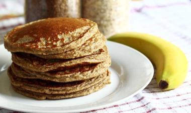מתכון לפנקייק פשוט - איך להכין פנקייק טעים ובסיסי עם בננה